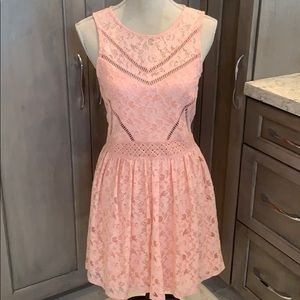 EUC Peach Lacy Dress ❤️